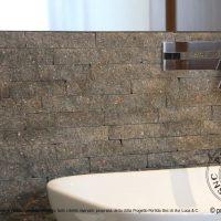 Cubetti 10x10 a file ortogonali progetto porfido snc - Come posare piastrelle bagno ...