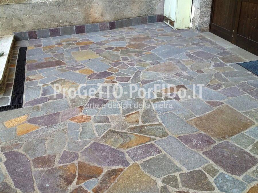 piazzale in porfido a mosaico