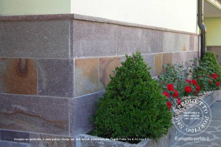Rivestimento muri progetto porfido snc for Zoccolo esterno