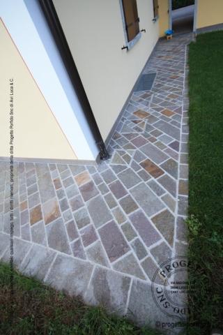 Foto piastrelle porfido piano cava colorato progetto porfido snc - Posa piastrelle diagonale ...