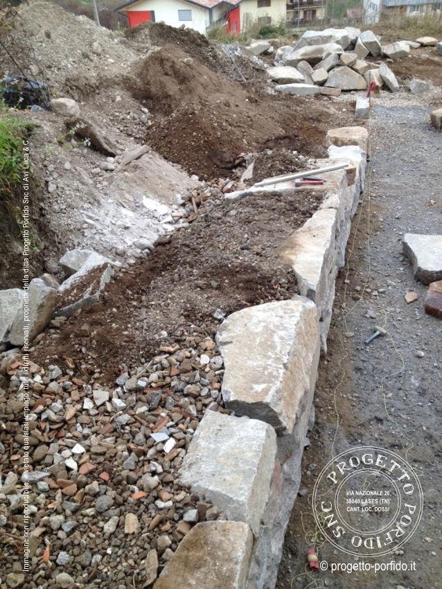 Come Costruire Un Muro Di Pietra.Foto Muri Secco Progetto Porfido Snc