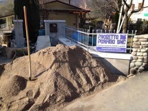 impastare sabbia e cemento